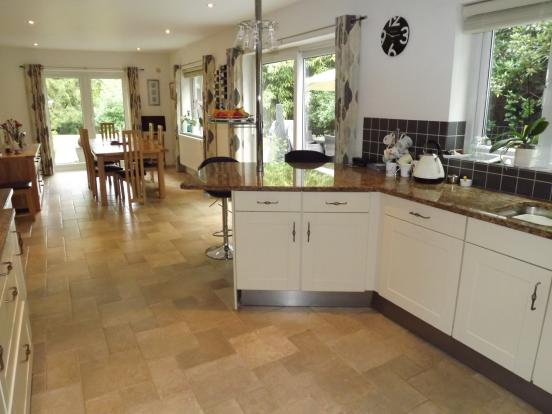 Kitchen dining room