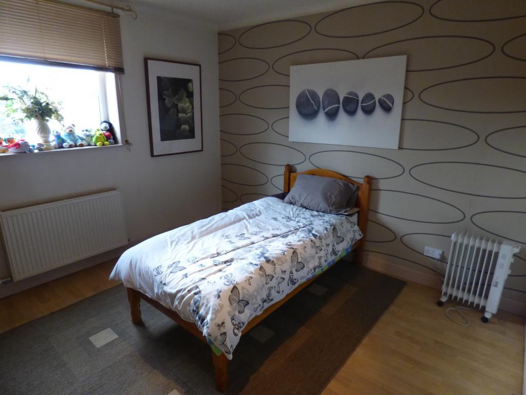 Flat Bedroom 2