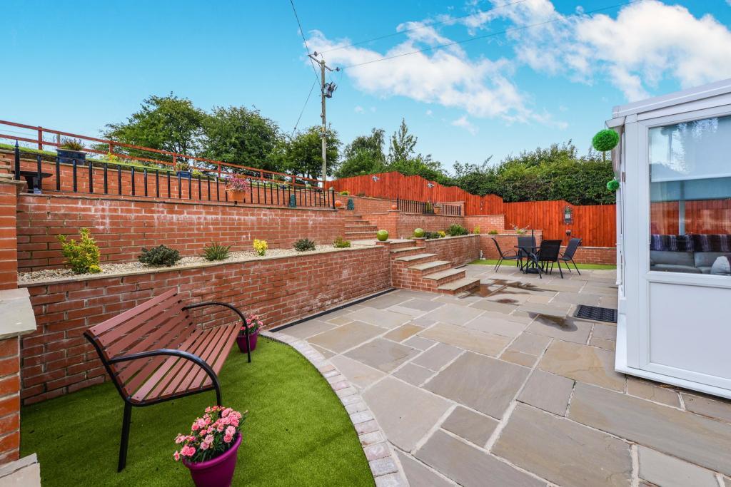 Rear Landscaped Gard