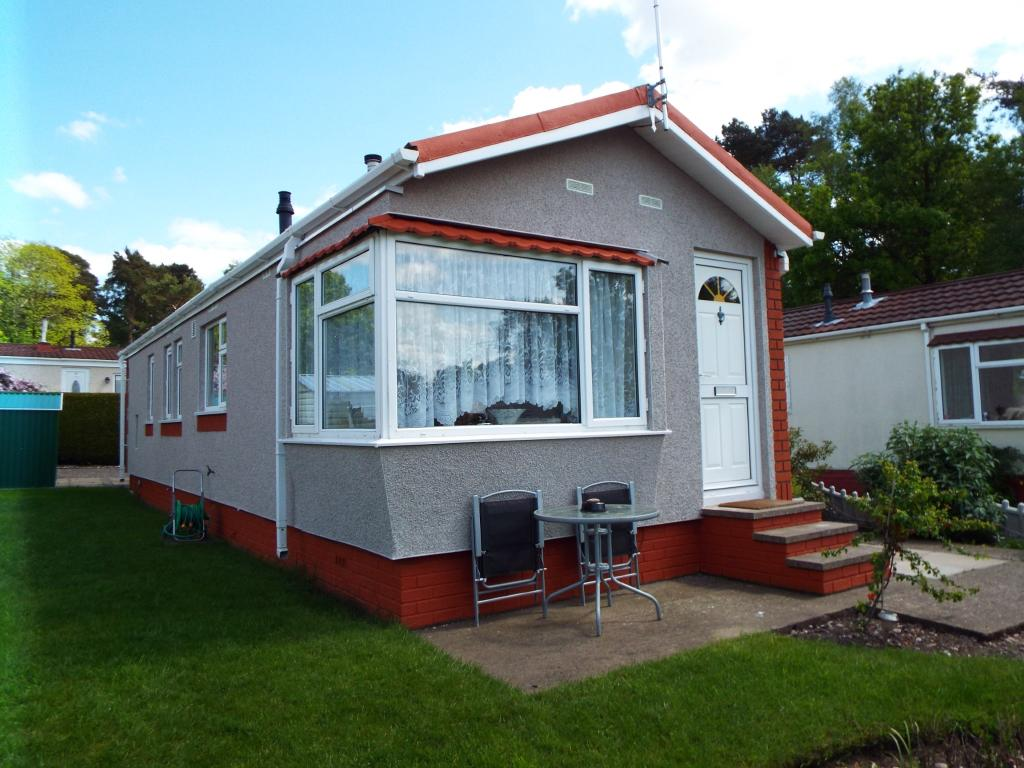 2 Bedroom Mobile Home For Sale In The Pines Homes Park Huntington Cannock Staffordshire Ws12