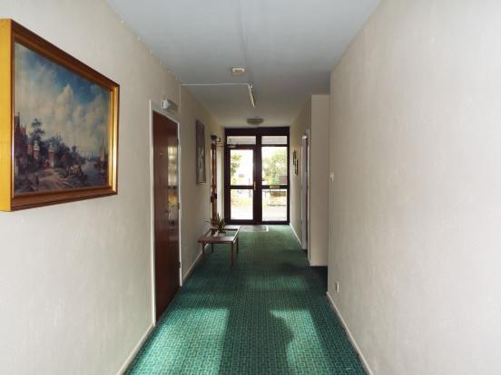 Entrance hall way