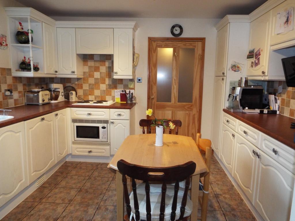 Kitchen main bungalo