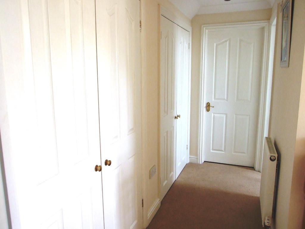 Hallway with Wardrob