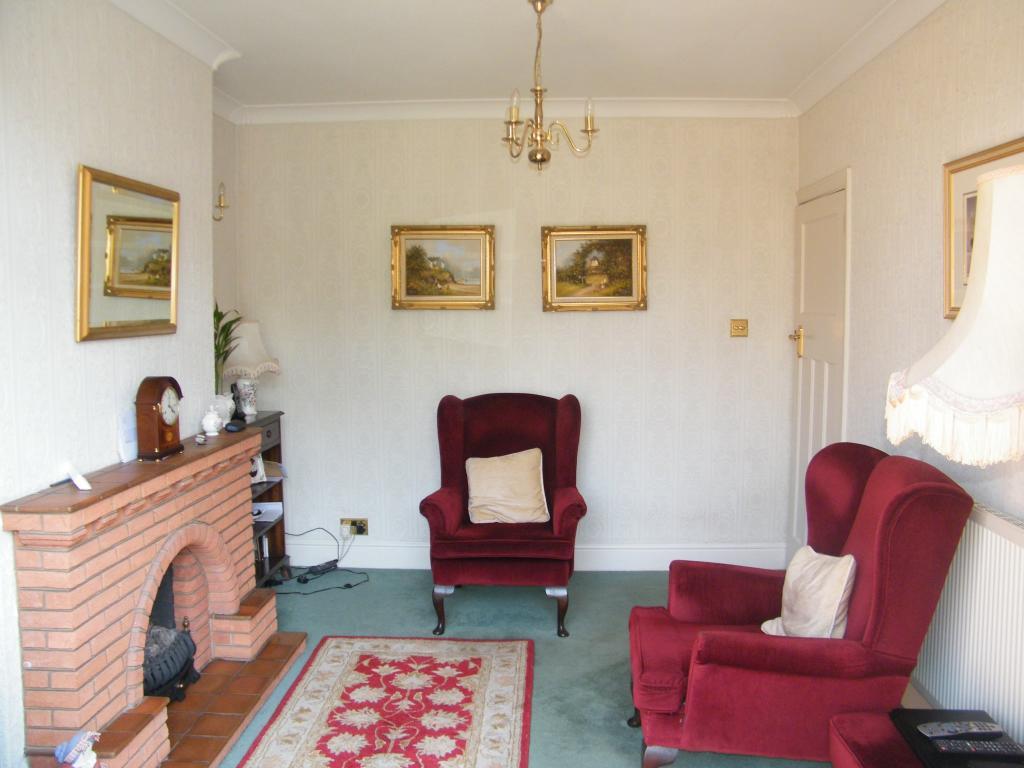 Rear sitting room /