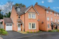 4 bedroom Detached home for sale in Dennetts Close, Daventry...