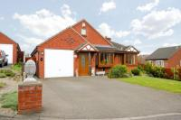 4 bedroom Bungalow for sale in Hermitage Close...