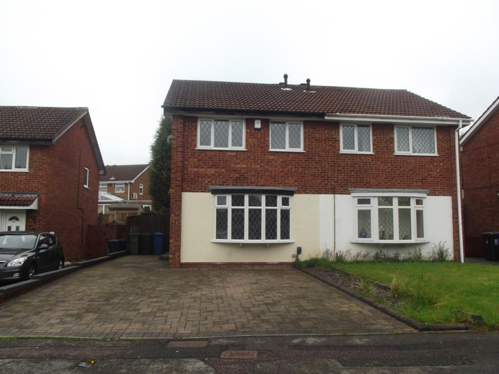 3 bedroom semi detached house for sale in greenheart tamworth staffordshire b77
