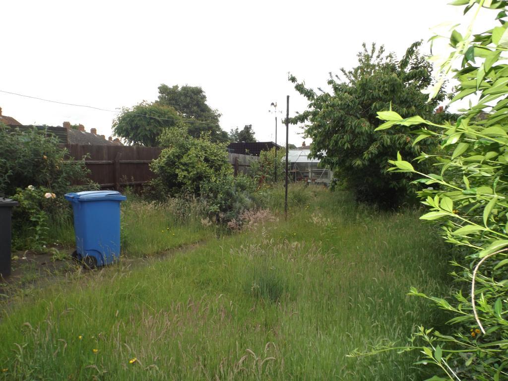 4 bedroom terraced house for sale in nacton road ipswich for Garden rooms ipswich