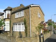 3 bed house in Chigwell Road...