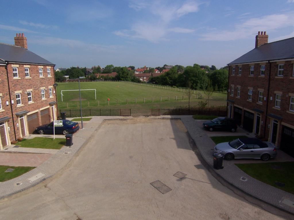 3 Bedroom Town House For Sale In Kirkwood Drive Durham Dh1