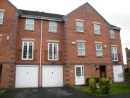 Terraced home in Hammond Green...