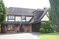 4 bed Detached property for sale in Keston Park Close, Keston