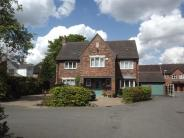 5 bed Detached house in Chester Gardens...