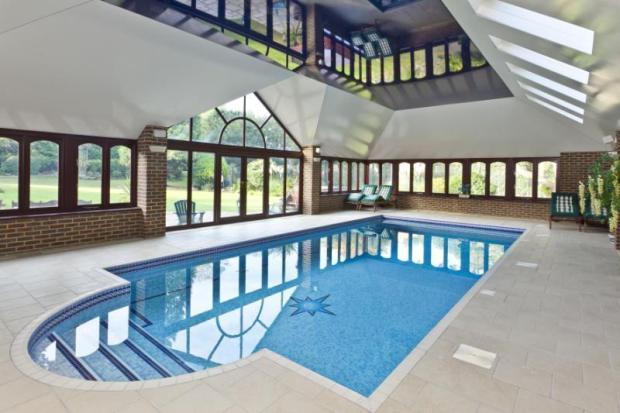 6 Bedroom Detached House For Sale In Granville Road St George 39 S Hill Surrey Kt13 Kt13