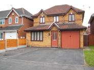 4 bed Detached house in Evenlode Grove...