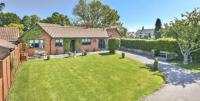 4 bed Bungalow in South Street...