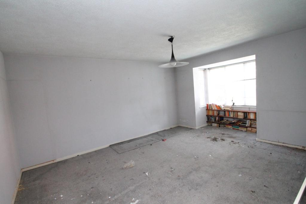 2 Bedroom Flat For Sale In Collingwood Close London Se20