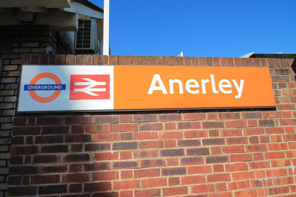 Anerley Over Ground