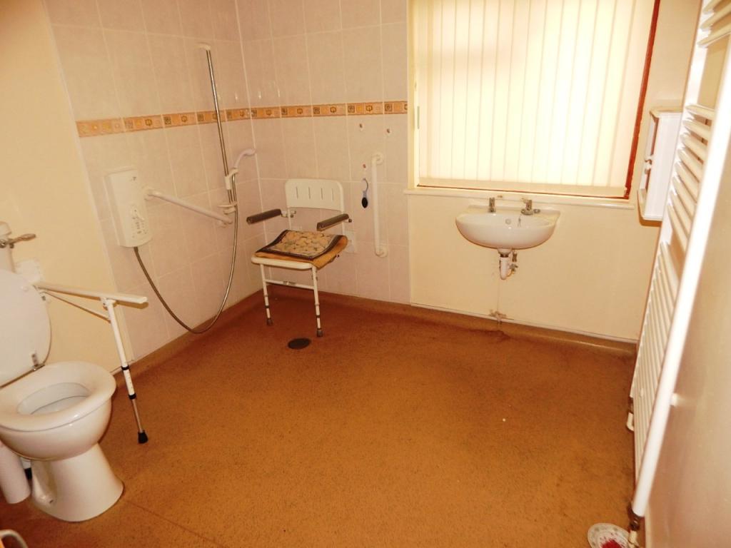Bedroom/wetroom