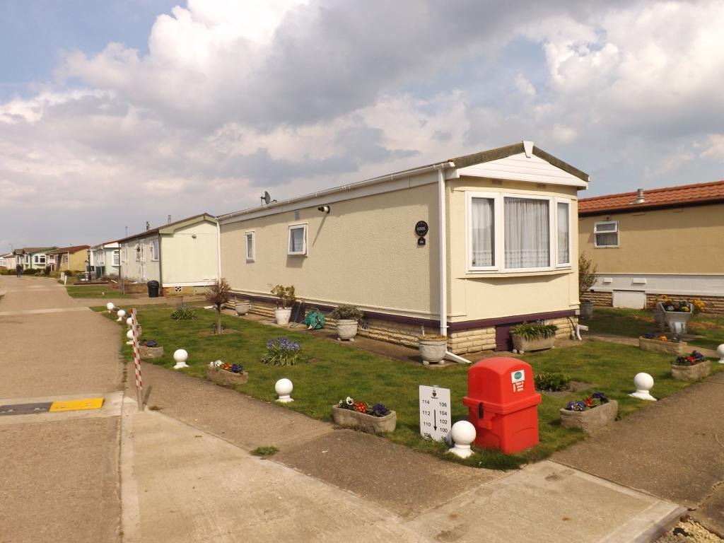 1 Bedroom Mobile Home For Sale In Kingsmead Park