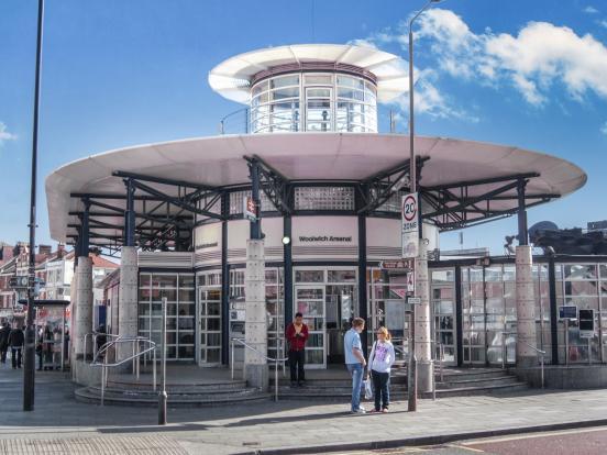 Woolwich Arsenal DLR
