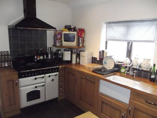 Kitchen/B'Fast Room
