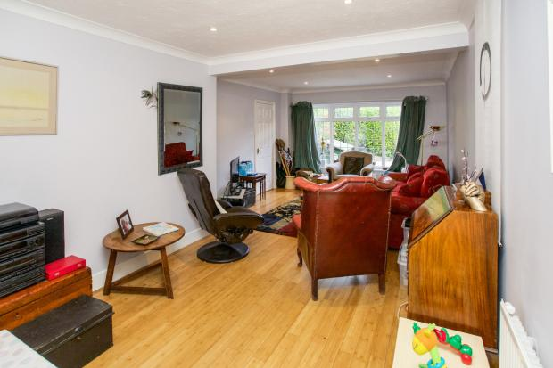 Living room / diner