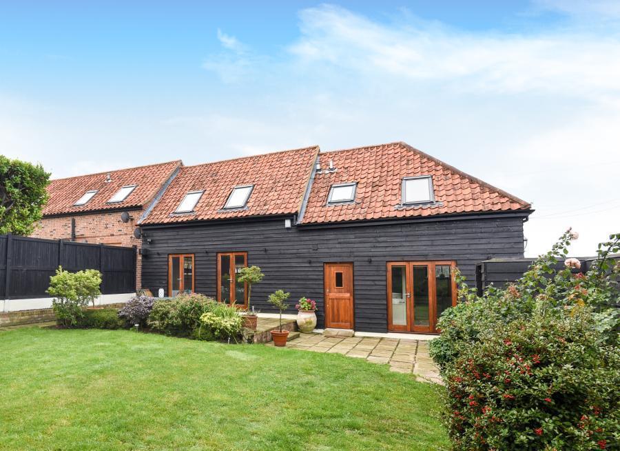 4 Bedroom Barn Conversion For Sale In Alderwood Barns New