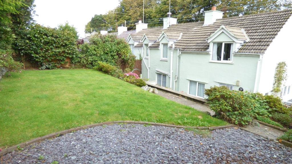 rear garden / elevat