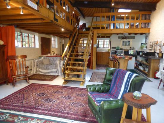 The Boathouse Intern