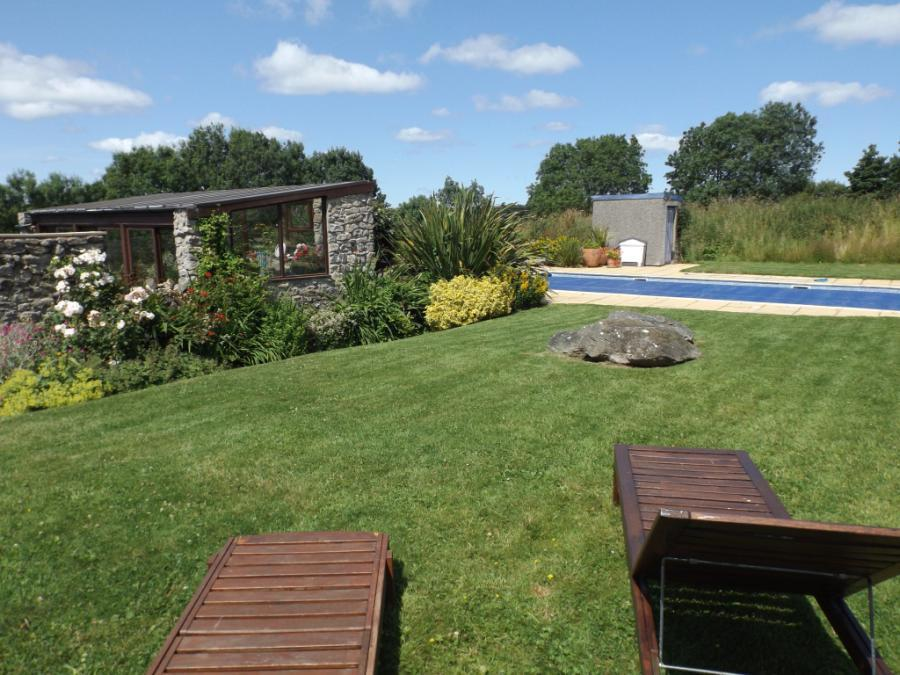 Private Garden and L