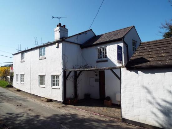 3 Bedroom Detached House For Sale In The Vownog Sychdyn Mold Flintshire Ch7
