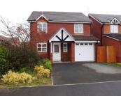 Detached home in Ffordd Pant Y Celyn...