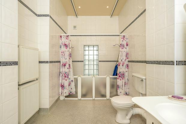 Wetroom En-suite