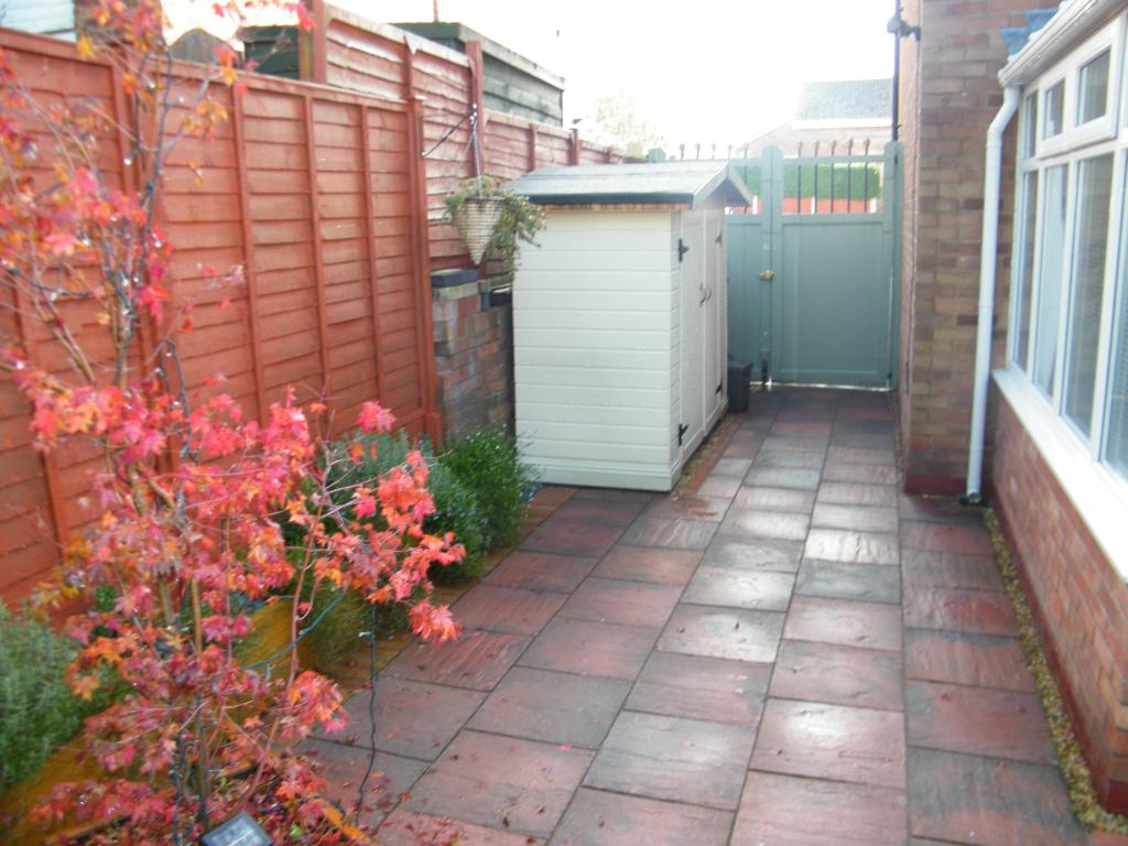 Garden To The Side