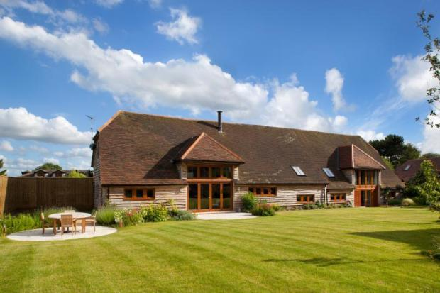 5 Bedroom Barn Conversion For Sale In New Road East