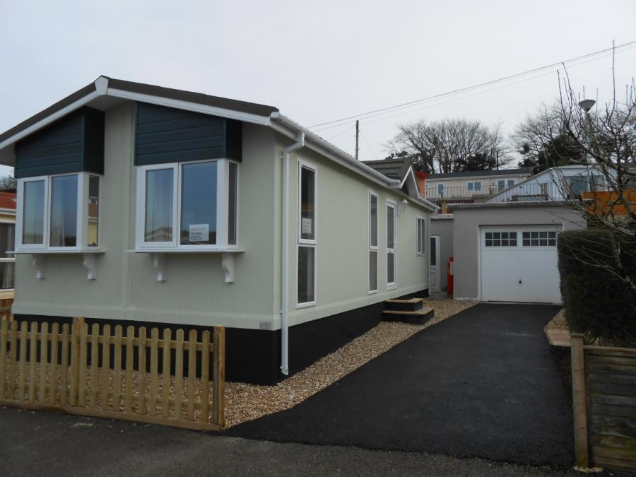 2 Bedroom Mobile Home For Sale In Coxpark Gunnislake Cornwall Pl18