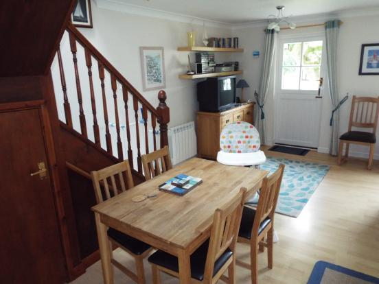 Living/Kitchen/Dinin