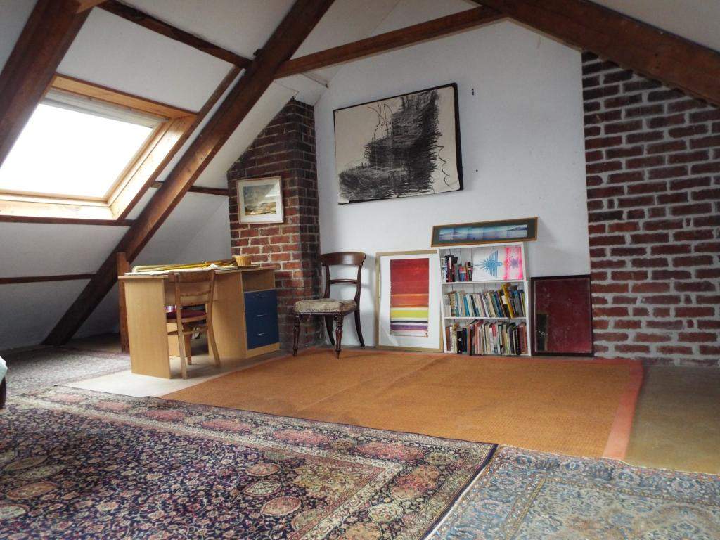 2 bedroom terraced house for sale in trelawney place for Houses for sale with attic room