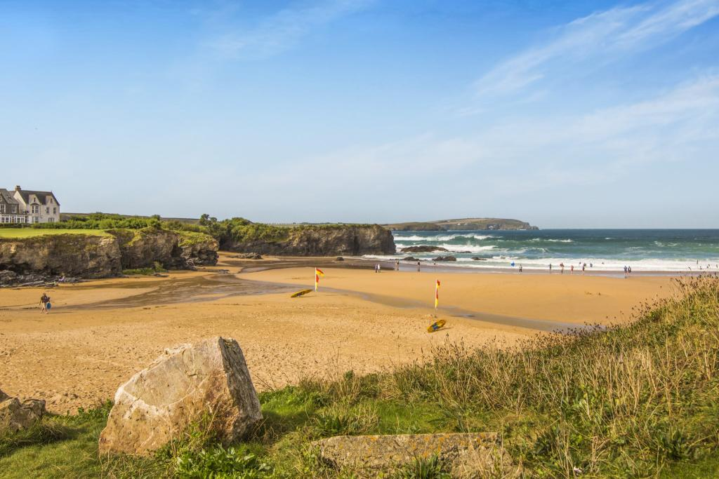 Beach within 400 yar