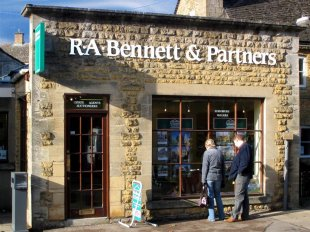 R A Bennett & Partners , Bourton-on-the-Waterbranch details