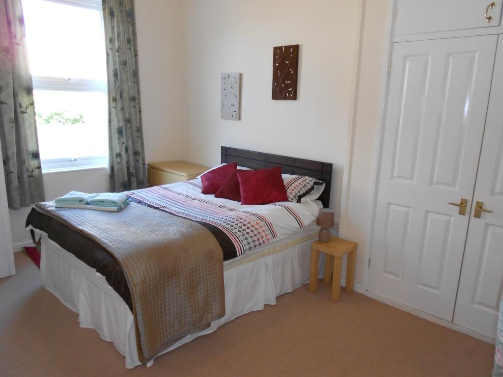 Flat 1, Bedroom