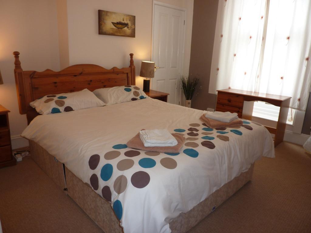 Flat 2, Bedroom