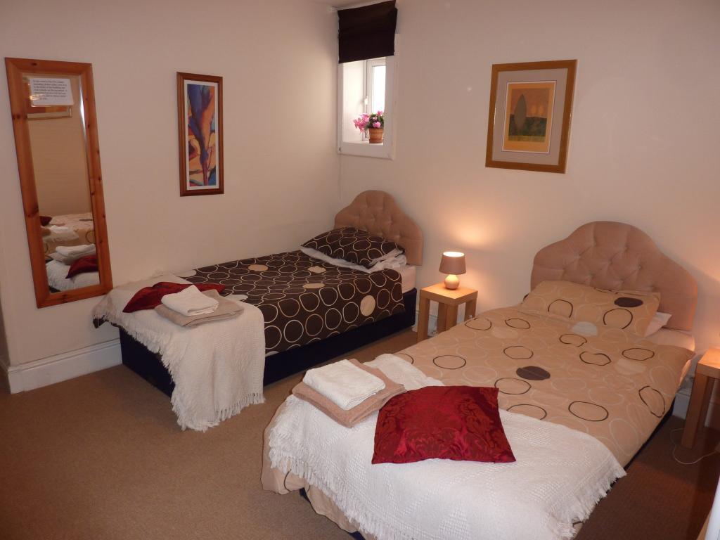 Flat 2, Bedroom 2