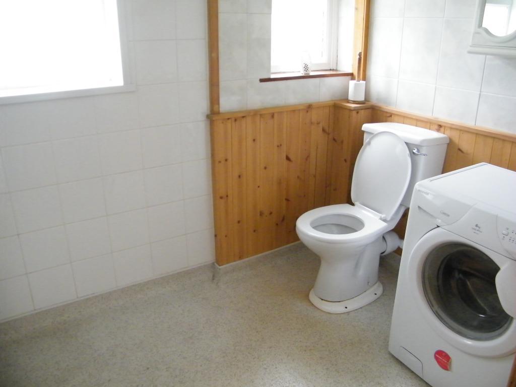 Wet Room / Utility