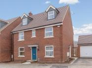 5 bedroom Detached house in Stafford Close Kingsway...