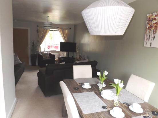 Dining Room Lounge