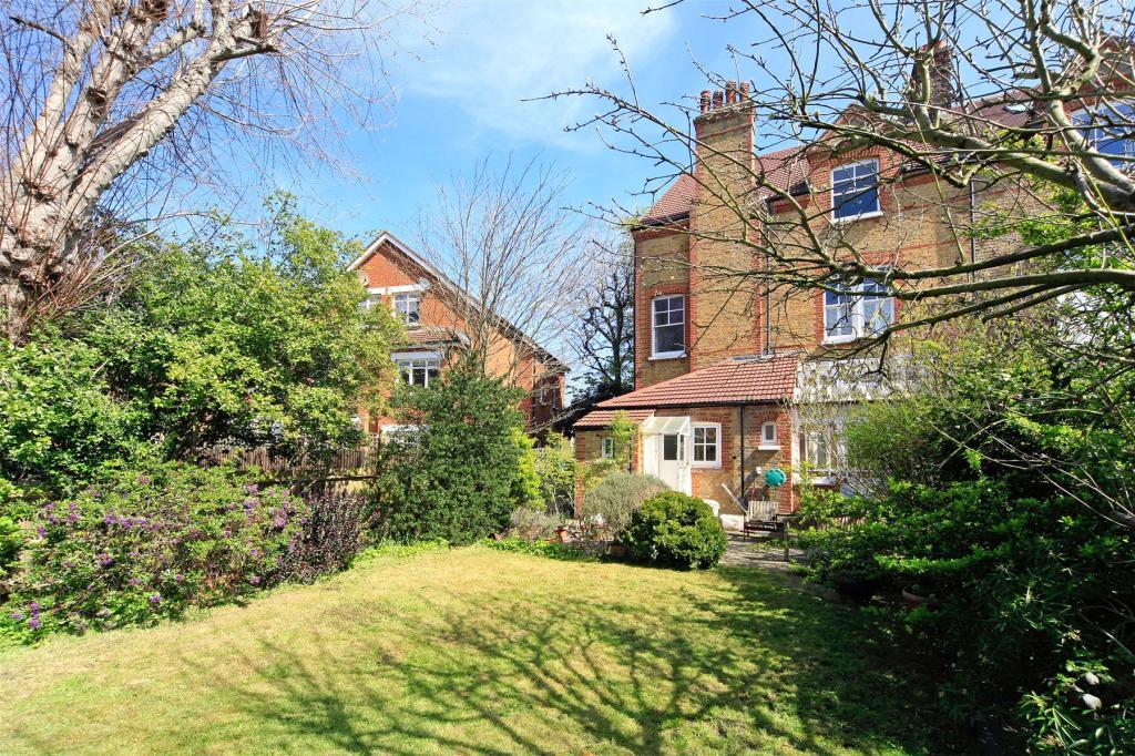 Garden External (2)