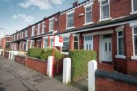 3 bedroom Terraced property in Park Lane, Salford...