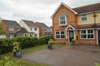 3 bed End of Terrace property in Watermead, Aylesbury